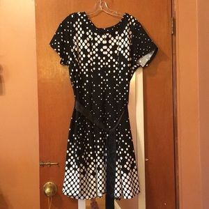 Avenue B&W fit n flare dress
